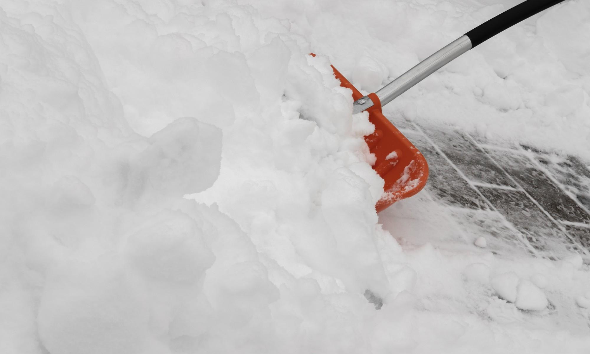Winter Schnee Winterdienst Schneeschüppen